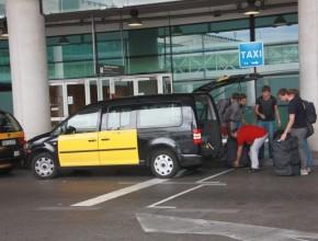 taxi barcelona monovolumen